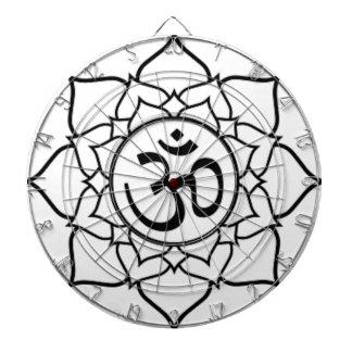 Cible De Fléchettes Fleur de Lotus, noire avec l'arrière - plan blanc