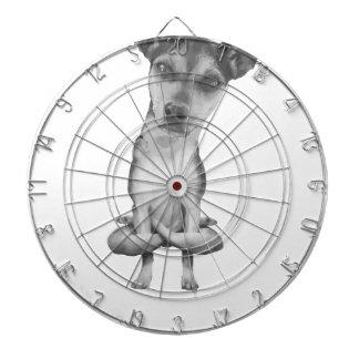 Cible De Fléchettes Yogi Doggie cute dog in yoga asana, cool funny