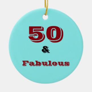 Cinquante et ornement fabuleux de célébration