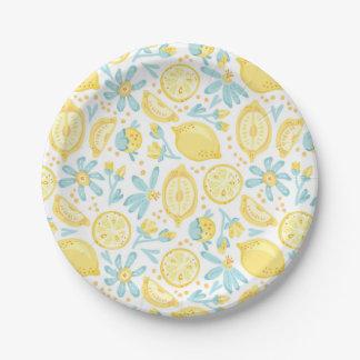 Citrons jaunes et motif de fleurs bleu en pastel assiettes en papier