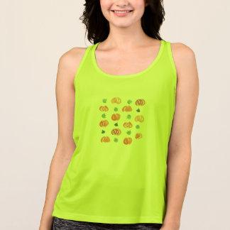Citrouilles avec le T-shirt de la représentation