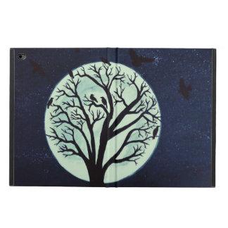 Clair de lune rougeoyant avec le vieux arbre et coque powis iPad air 2