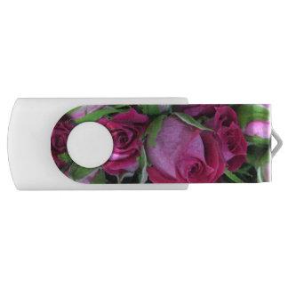 Clé USB Boutons de rose cramoisis de bébé