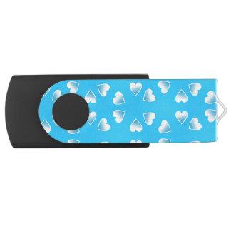 Clé USB Coeurs bleus assez petits. Ajoutez votre propre