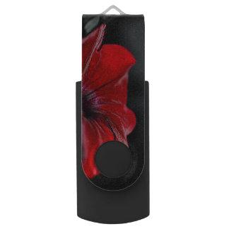 Clé USB lecteur rouge d'usb de fleur 16 gigaoctets
