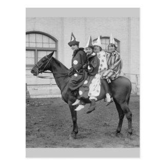 Clowns sur un cheval, 1915 carte postale