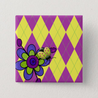 Coccinelle et fleur à motifs de losanges pourpres badge carré 5 cm