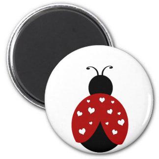 Coccinelle noire et rouge de coeur magnet rond 8 cm