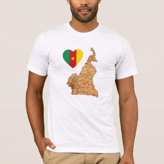Coeur de drapeau du Cameroun et T-shirt de carte