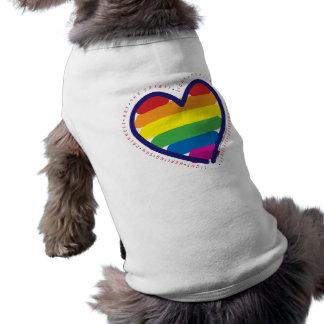 Coeur d'esprit de gay pride vêtement pour chien