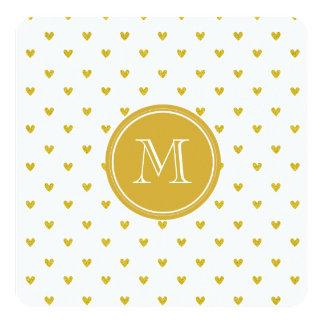 Coeurs de scintillement d'or avec le monogramme carton d'invitation  13,33 cm
