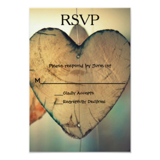 Coeurs en bois rustiques - carte de RSVP