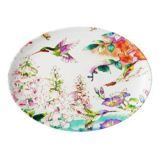 Colibris et paysage de fleurs plateau de service en porcelaine