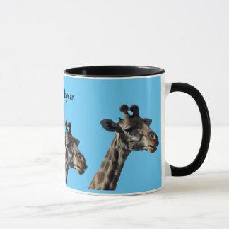 Collez votre tasse de girafe de cou