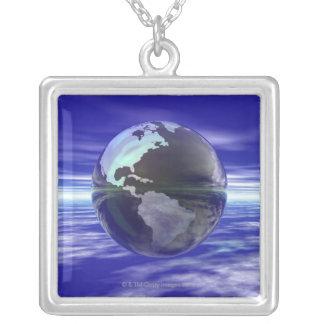 Collier 3D globe 10