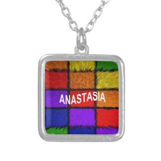 Collier ANASTASIA (noms femelles)