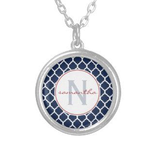 Collier Bleu marine Quatrefoil avec l'initiale un nom