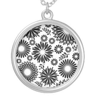 Collier Boho fleurit le motif floral de vecteur noir et