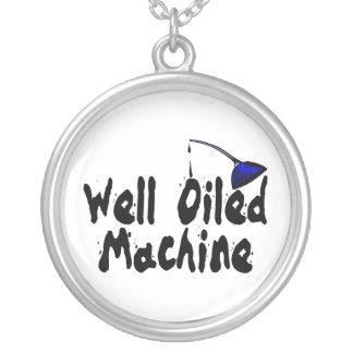 Collier Boîte bien huilée d'huile de machine