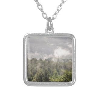 Collier Brouillard vert de montagnes