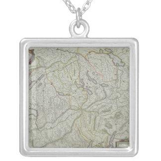 Collier Carte de la Suisse