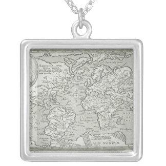 Collier Carte du monde 6