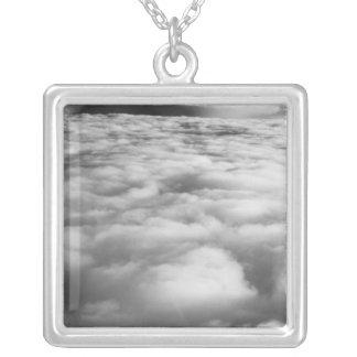 Collier Cloudscape mystérieux au lever de soleil