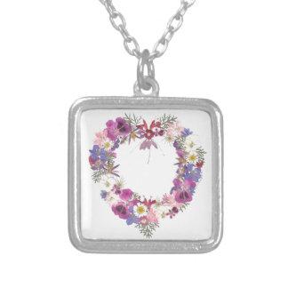 Collier Coeur floral d'amour