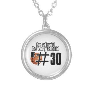 Collier Conceptions de basket-ball du numéro 30