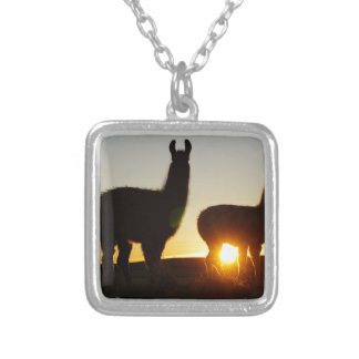 Collier Coucher du soleil dramatique de lamas