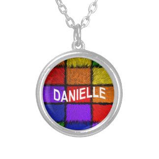 COLLIER DANIELLE
