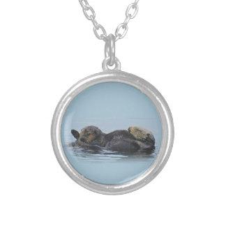 Collier de faune, bijoux, vie marine, loutres de