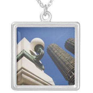 Collier Détail de réverbère aux tours Chicago de ville de