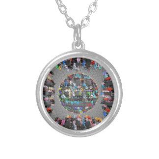 Collier Diamant artistique peint par Digital