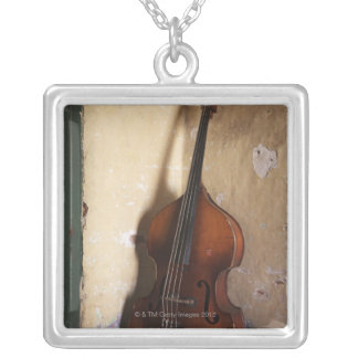 Collier Double basse
