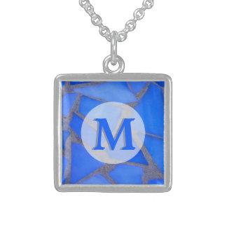 Collier En Argent Mosaïque en verre souillé de bleu avec le