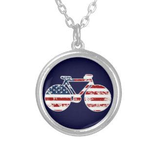 Collier faire du vélo patriotique des Etats-Unis