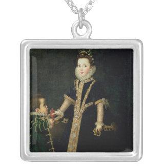 Collier Fille avec un nain, vraisemblablement un portrait