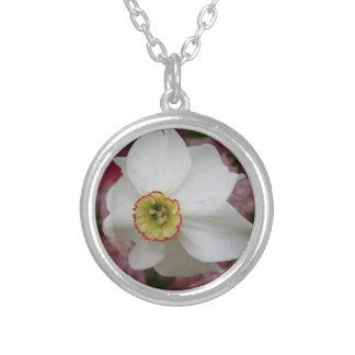 Collier Fleur de narcisse