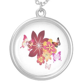 Collier Fleurit des papillons de n