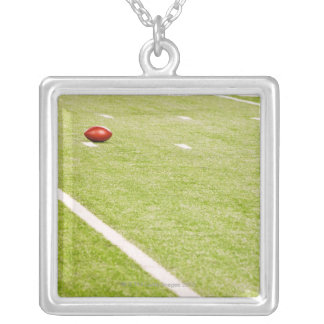 Collier Football américain 3
