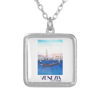 Collier Gondole de Venise Italie sur le canal grand avec