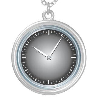Collier Horloge moderne