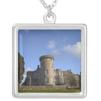 Collier Hôtel de château de Dromoland dedans