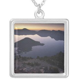 Collier Île de magicien à l'aube, parc national de lac