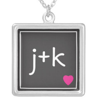 Collier initial d'amour