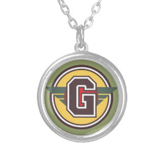 "Collier Initiale de la lettre ornementale ""G"""