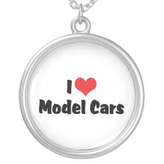 Collier J'aime les voitures modèles de coeur -