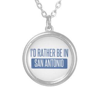 Collier Je serais plutôt à San Antonio