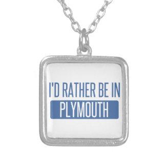 Collier Je serais plutôt dans Plymouth